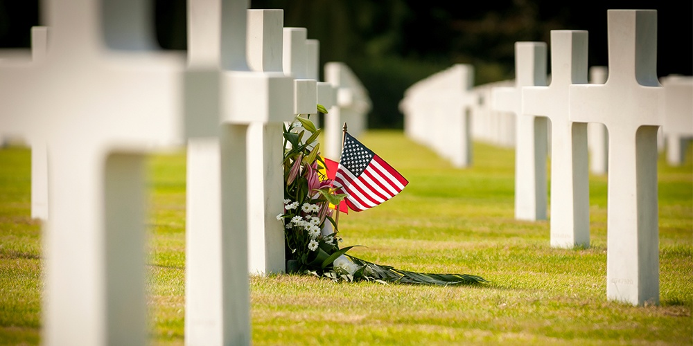 6 Ways Your Funeral Home Can Help Families Observe Memorial Day